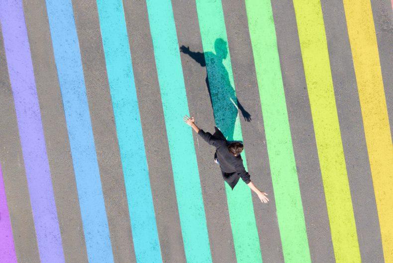 Le fotografie arcobaleno di Emmanuel Carvajal