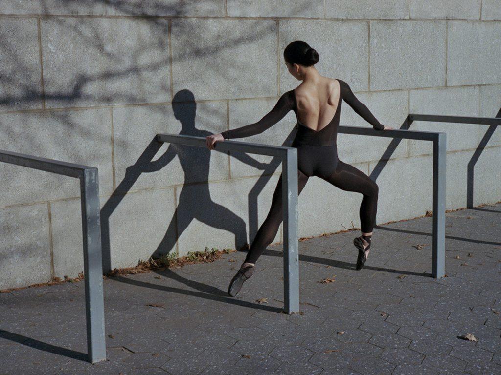 Mayu è la danza visiva della fotografa Sayuri Ichida | Collater.al 10