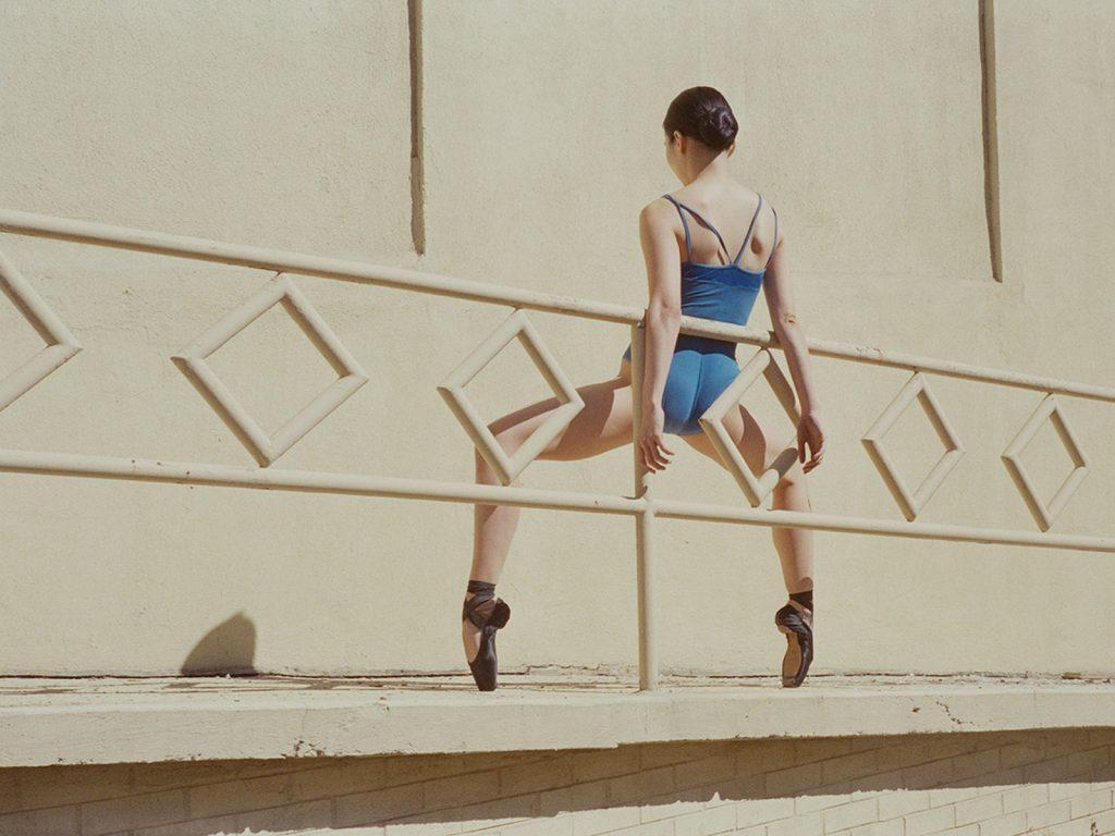 Mayu è la danza visiva della fotografa Sayuri Ichida | Collater.al 2