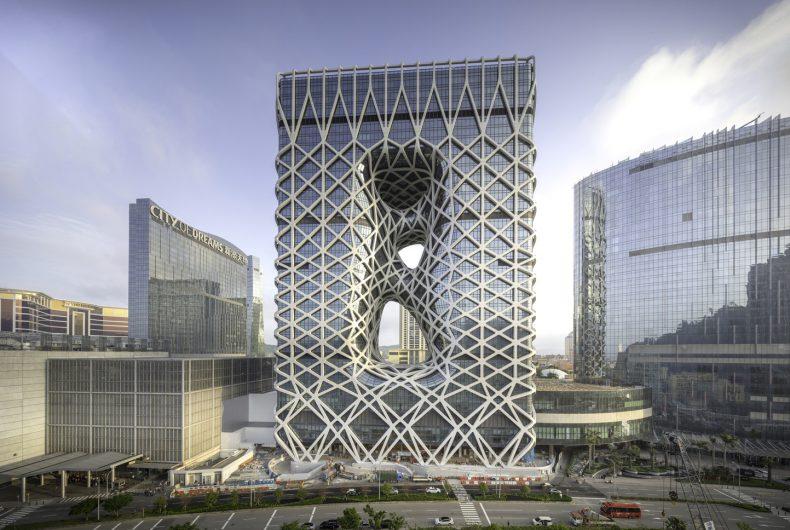 L'incredibile Morpheus Hotel dello studio Zaha Hadid Architects