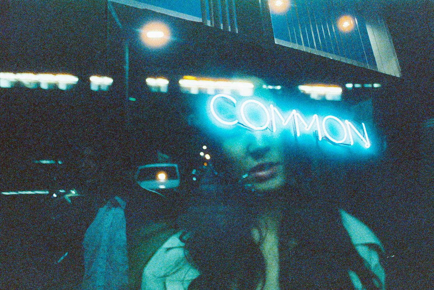 Neon Life, le storie e le luci di Louis Dazy | Collater.al 13