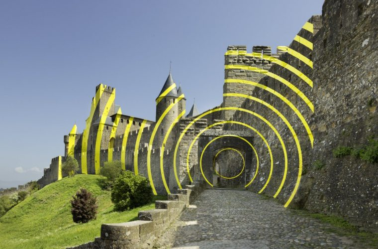Concentric Concentric, the installation of Felice Varini in Carcassonne