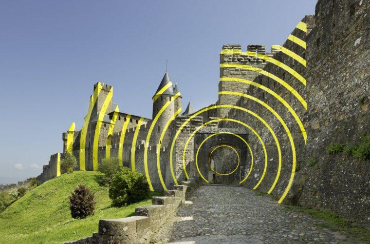 Concentric Concentric, l'installazione di Felice Varini a Carcassonne