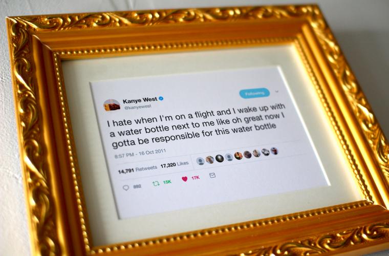 Da oggi potete comprare i tweet incorniciati di Kanye West