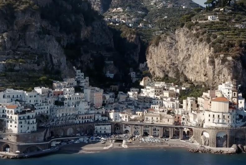 Short video for Breakfast – ITALIA WHERE WOW BELONG