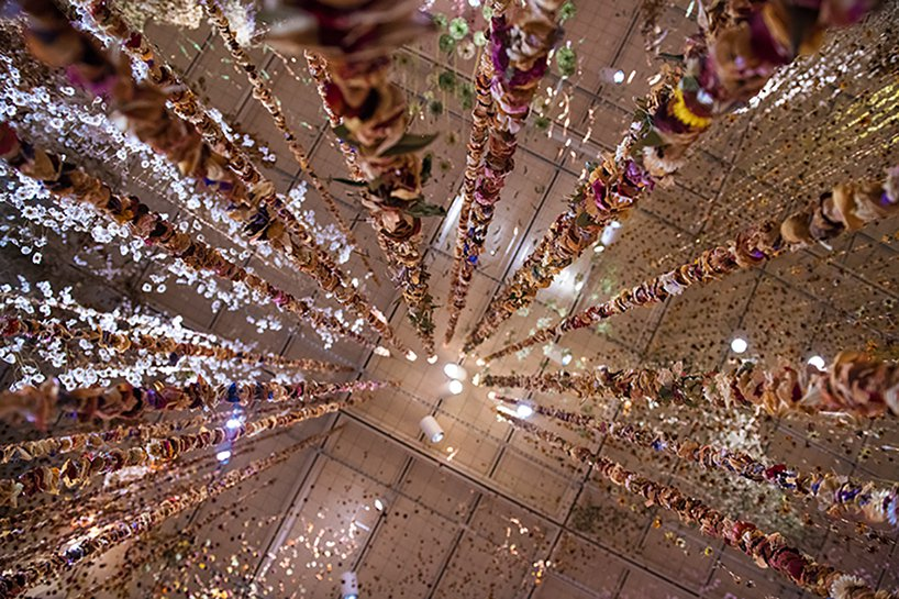 Il giardino invertito- l'incredibile installazione di Rebecca Louise Law | Collater.al 4