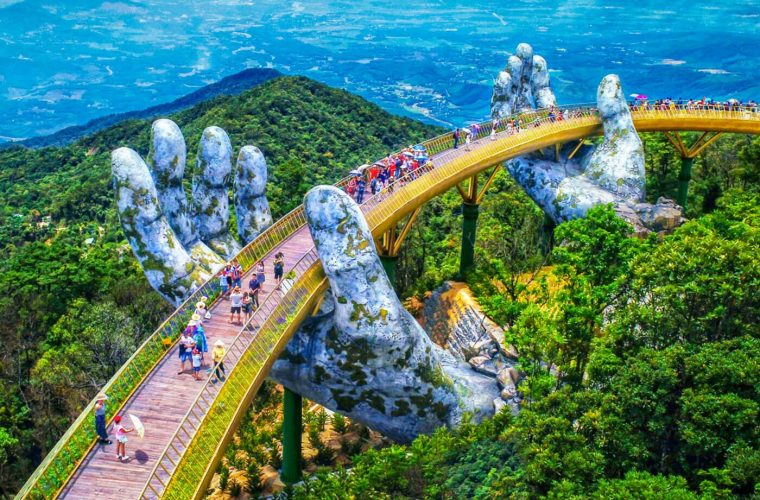 Il nuovo incredibile Golden Bridge in Vietnam