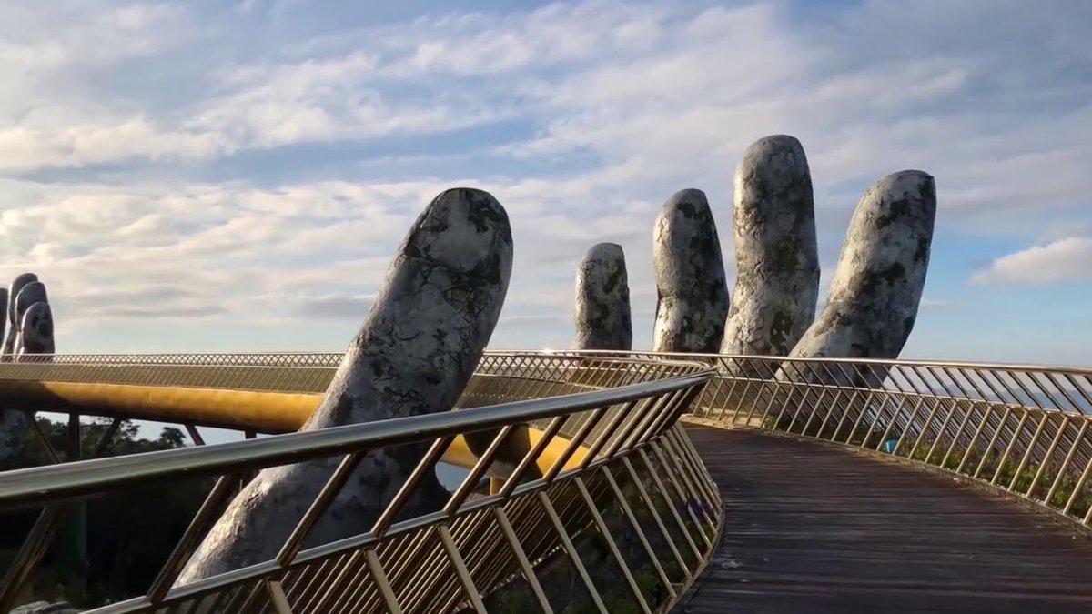 Il nuovo incredibile Golden Bridge in Vietnam | Collater.al 3