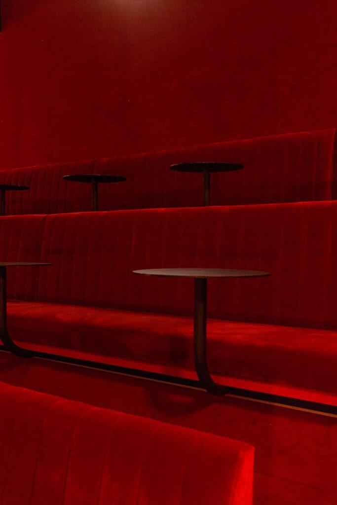 Il restyling di Plantea Studio cinema a luci rosse di Madrid | Collater.al 8