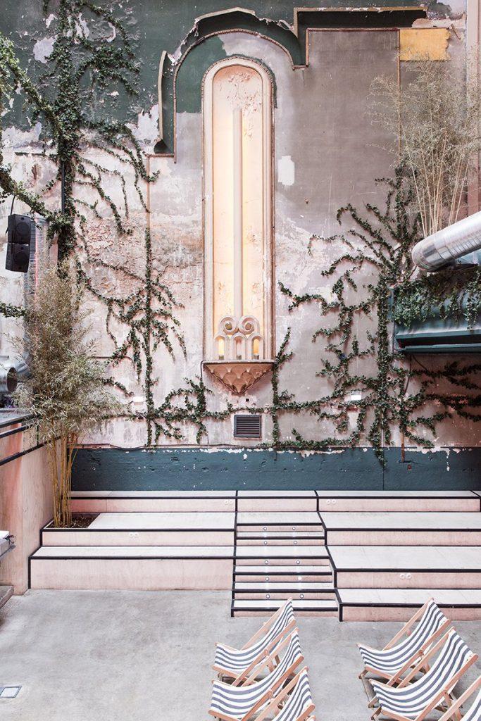 Il restyling di Plantea Studio cinema a luci rosse di Madrid | Collater.al 9