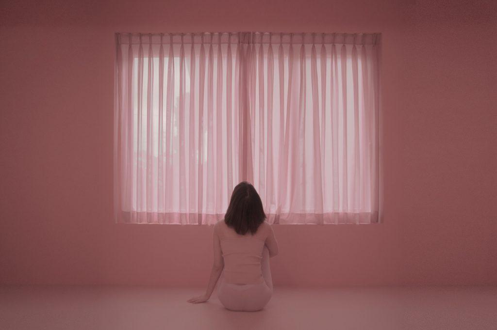 La solitudine rappresentata dalla fotografa Linnnn | Collater.al 1