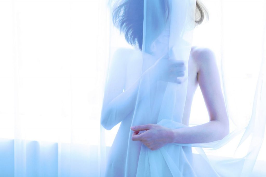 La solitudine rappresentata dalla fotografa Linnnn | Collater.al 11