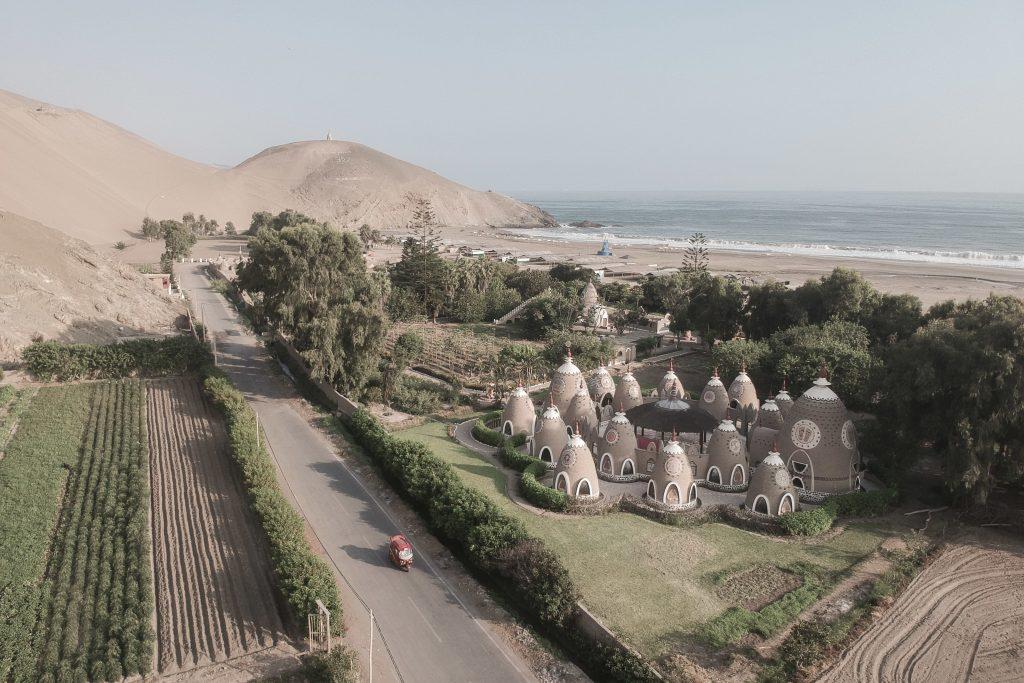 Leo Coulongeat ci porta a scoprire il deserto del Perù | Collater.al 4