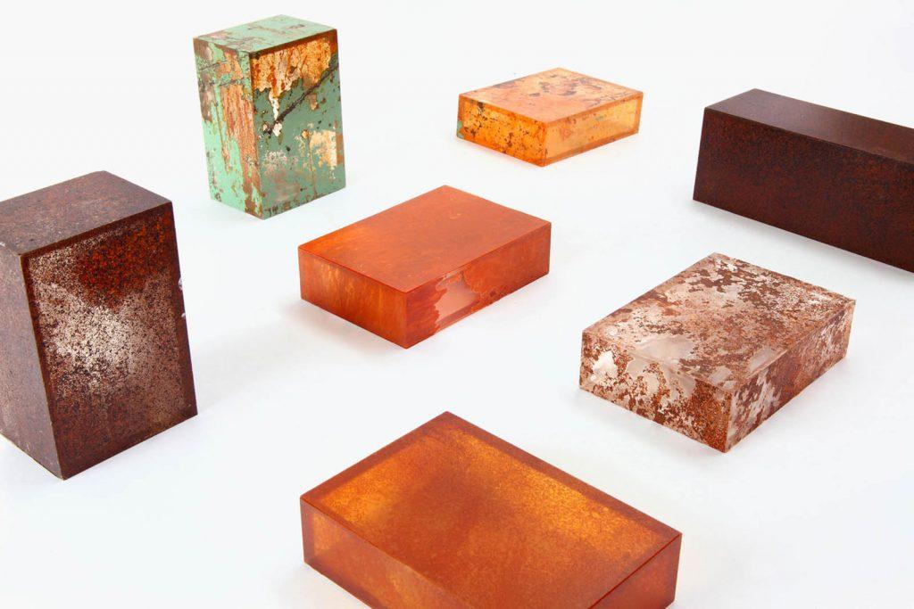 Rust Harvest è la collezione di mobili fatti di ruggine firmata Yuma Kano | Collater.al 3