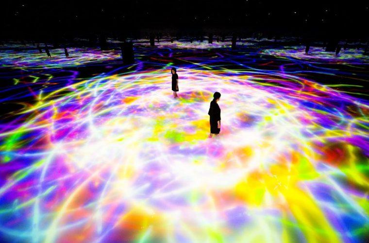TeamLab apre la mostra immersiva presso il Mori Art Museum di Tokyo