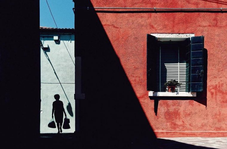 B-Uranus, shapes and shadows in the streets of Burano