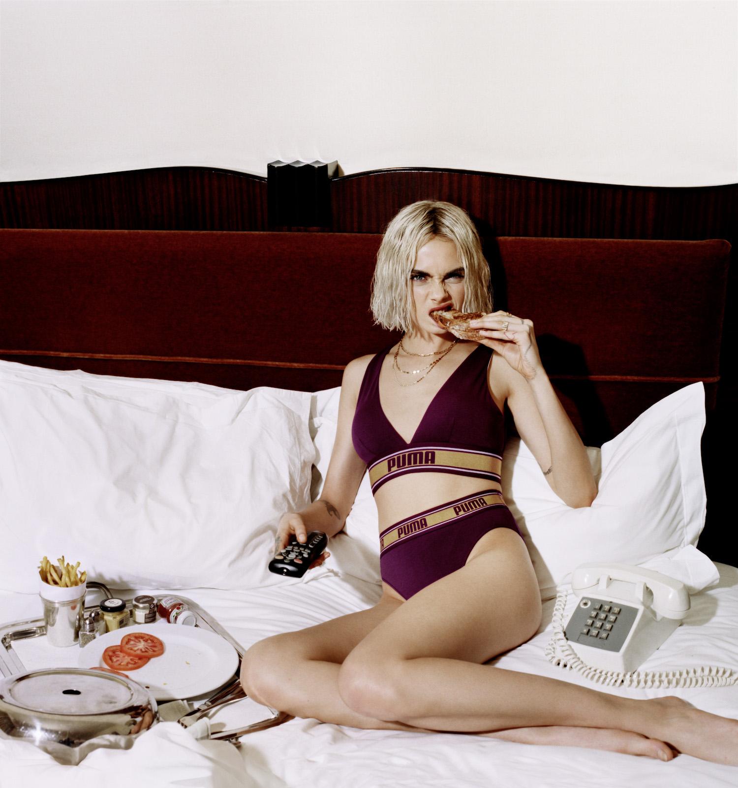Cara Delevigne e Prettymuch x Puma Bodywear AW18 | Collater.al 5