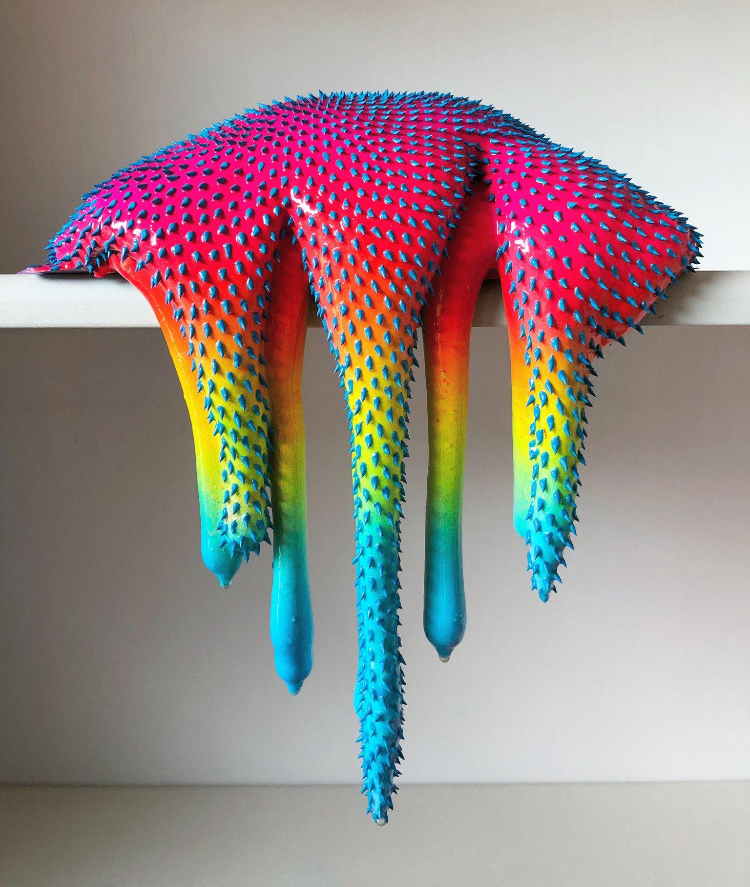 Le sculture destabilizzanti e fluorescenti di Dan Lam   Collater.al 10