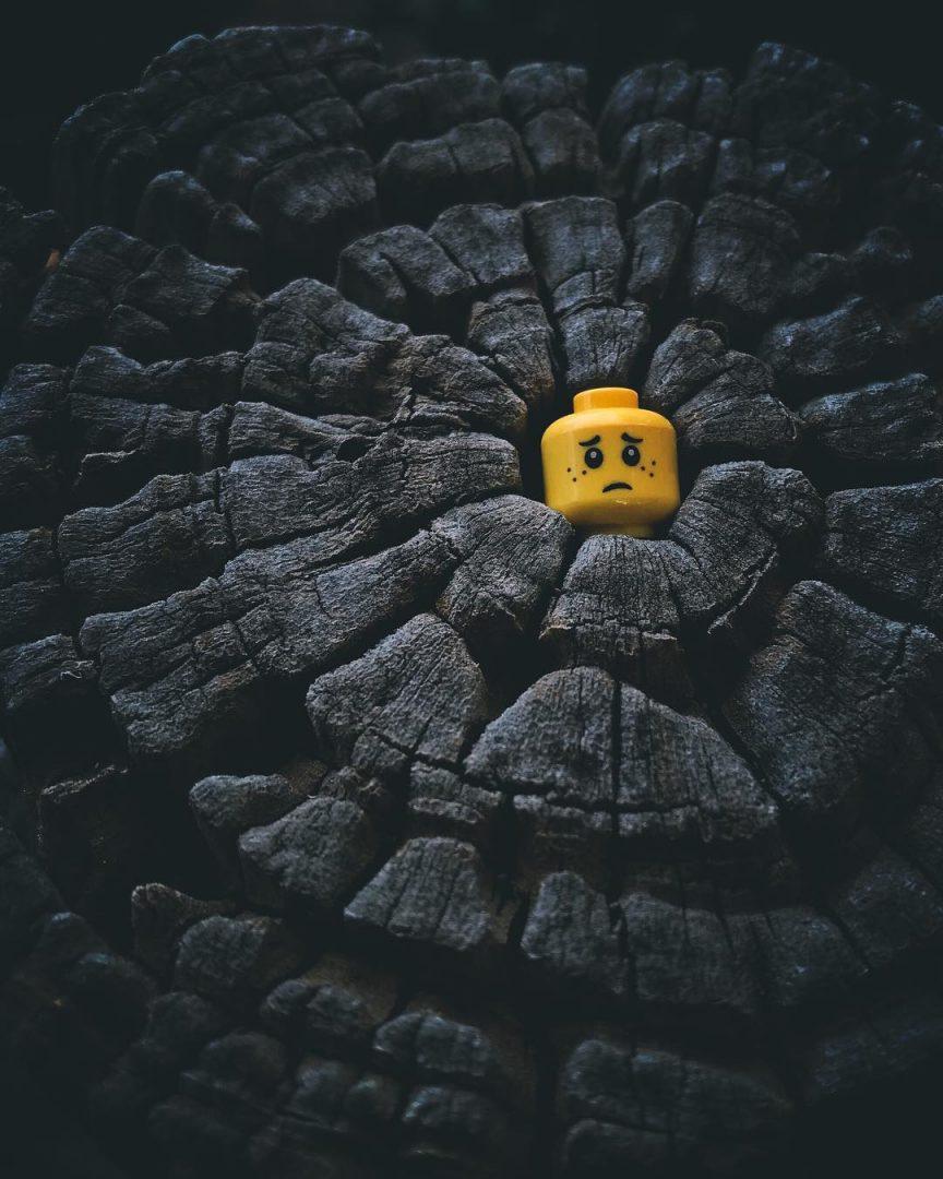 Gli omini del LEGO in giro per il mondo nelle foto di Legojacker
