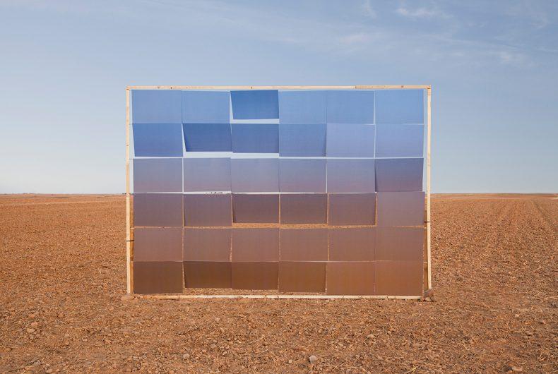 Ver de Acción is a conceptual project by Antonio Guerra