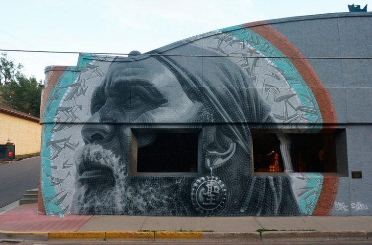 EL MAC racconta gli emarginati con la sua street art