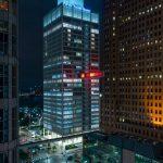 Detroit Skybridge, i blocchi luminosi di colore di Phillip K Smith III | Collater.al 2