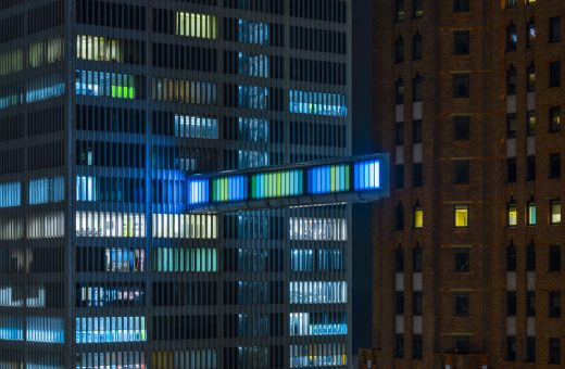 Detroit Skybridge, i blocchi luminosi di Phillip K Smith III