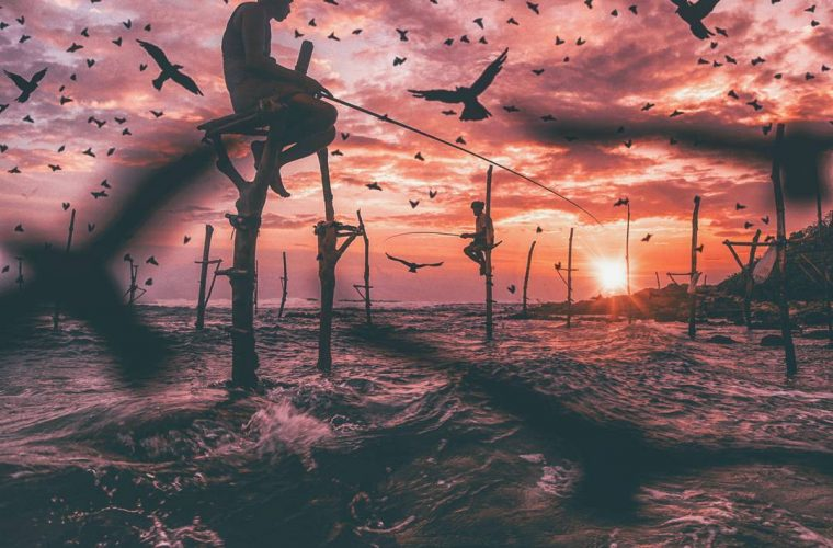Herri Susanto trasforma delle semplici fotografie in mondi surreali