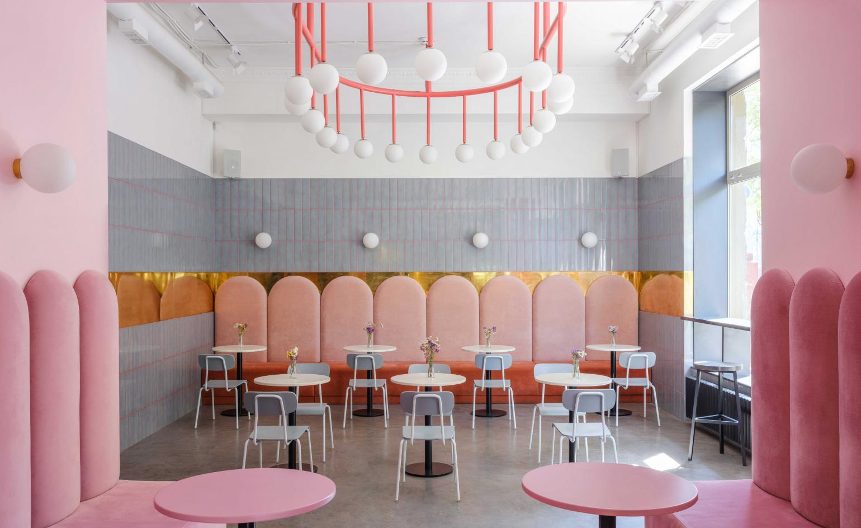 Il Breadway Bakery sembra uscito da un film di Wes Anderson | Collater.al