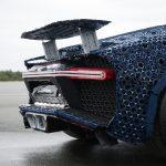 LEGO Technic Bugatti Chiron interamente costruita con i mattoncini del LEGO | Collater.al 3