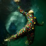 Le fotografie subacquee che sembrano quadri di Christy Lee Rogers | Collater.al 9