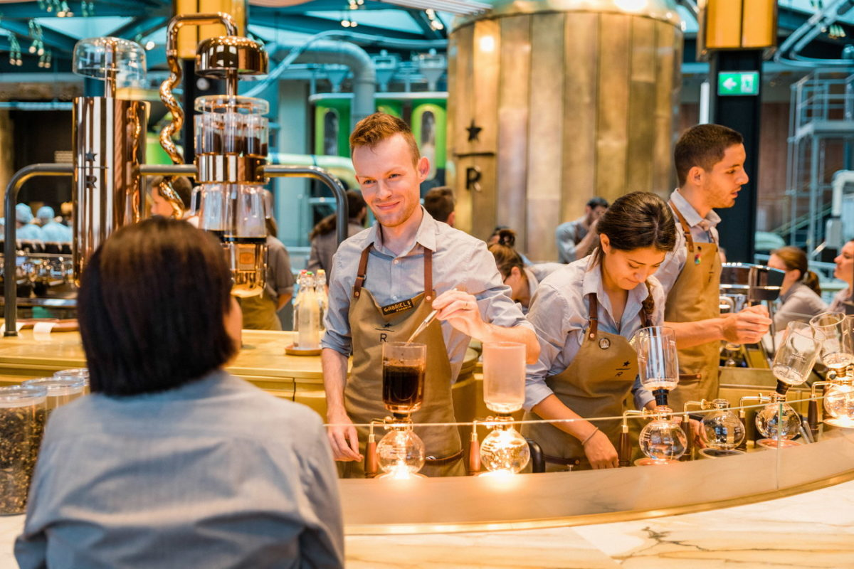 Starbucks Reserve Roastery Milan inaugura a Milano   Collater.al