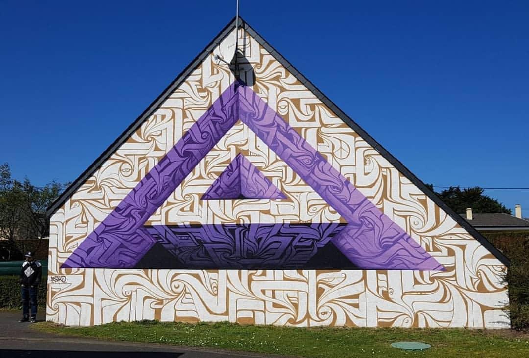 Astro Odv Cbs crea pazzeschi portali geometrici in large scale | Collater.al