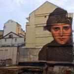 Julien de Casabianca libera i personaggi dei quadri portandoli in strada | Collater.al 15