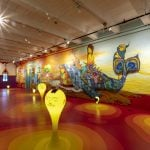 La mostra immersiva di OSGEMEOS, tra street e folk art | Collater.al