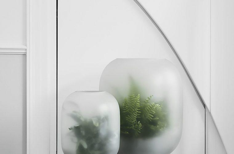 La fioriera Nebl ricopre le piante di nebbia, come nella brughiera