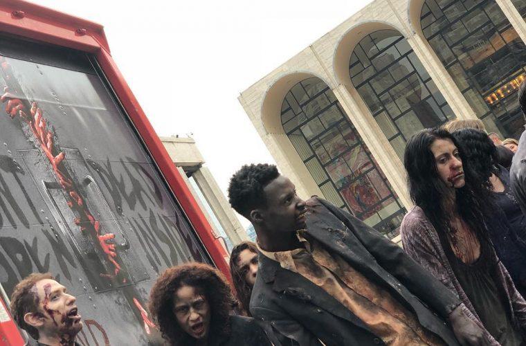 Gli Zombie di The Walking Dead invadono New York