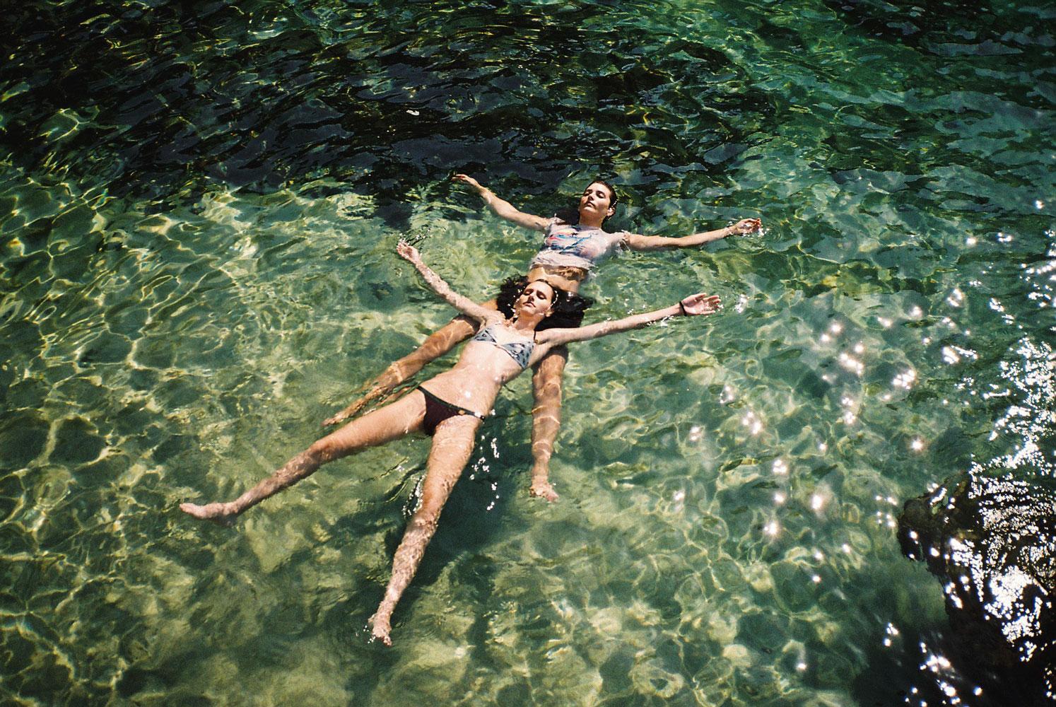 Water flow, la serie fotografica di Mònica Figueras | Collater.al