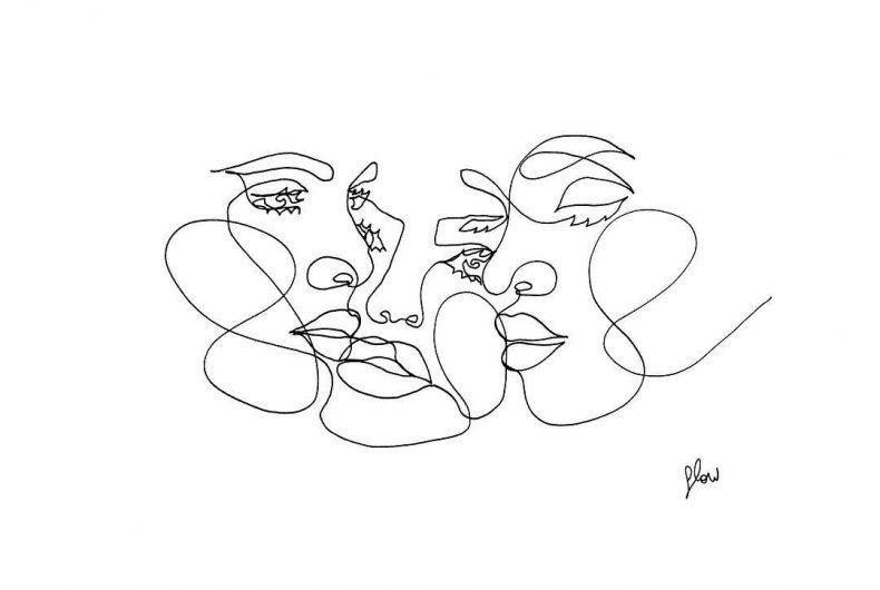 Dalle linee di Flowsofly si sprigionano sensuali corpi femminili