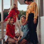 Girl squad! Le ragazze delle fotografie di Lainey Conant | Collater.al 4
