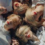 Girl squad! Le ragazze delle fotografie di Lainey Conant | Collater.al 8