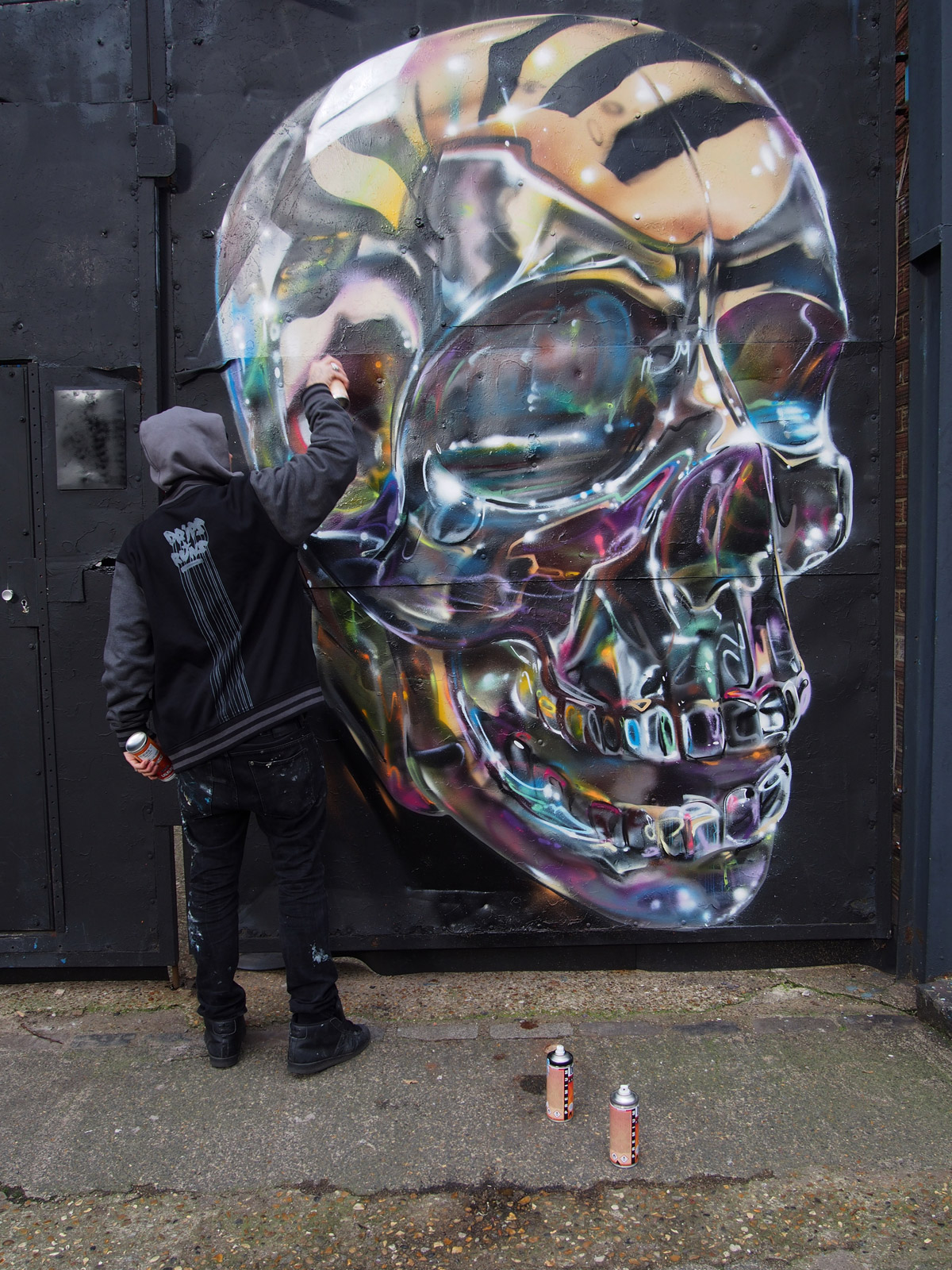 I murales cromati tridimensionali di Fanakapan | Collater.al