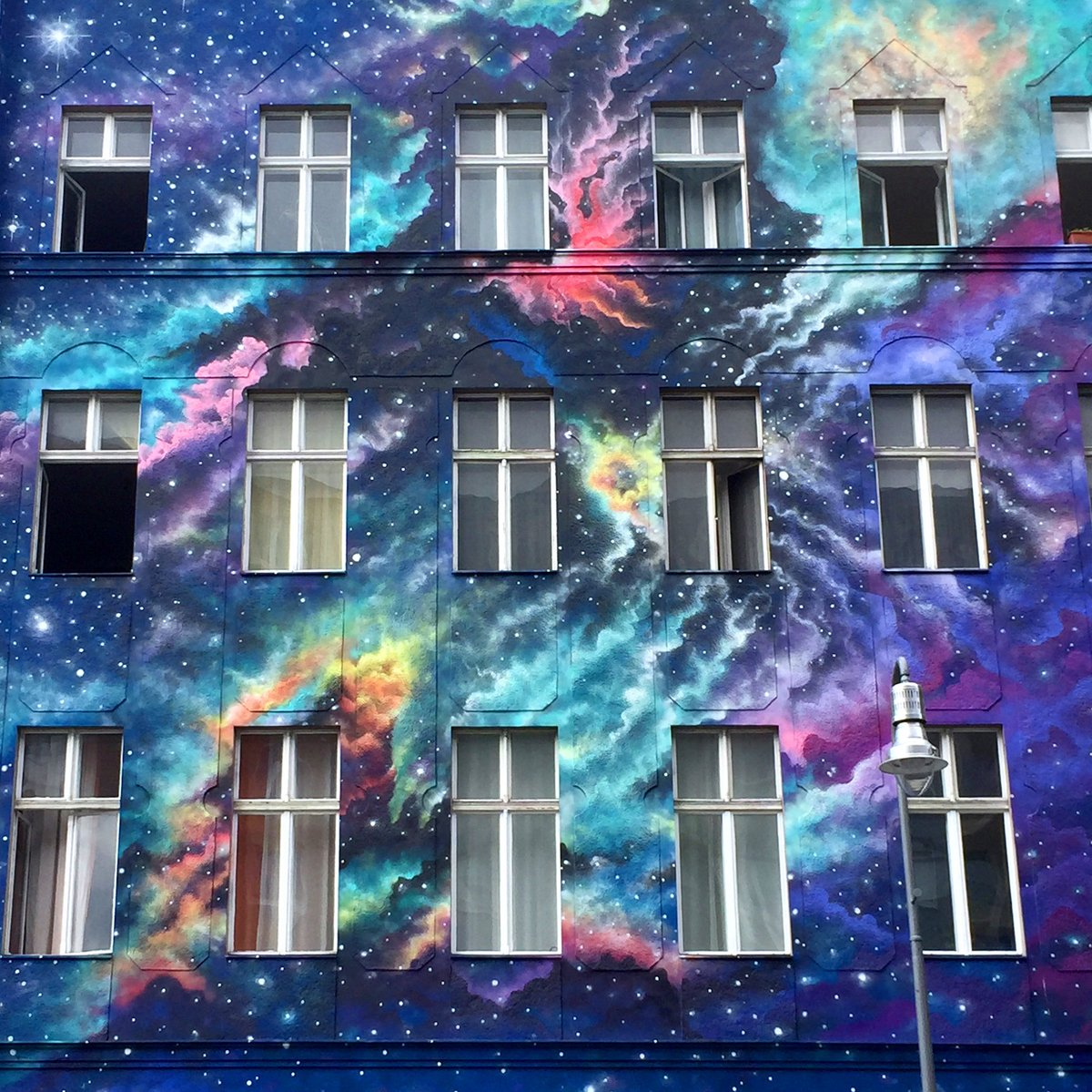 I murales di Marina Zumi sono sogni ad occhi aperti | Collater.al 1
