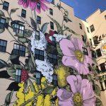 Ouizi trasforma palazzi grigi in giardini in fiore | Collater.al 1