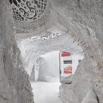 TAKK ha realizzato gli interni di una grotta a Madrid | Collater.al 7