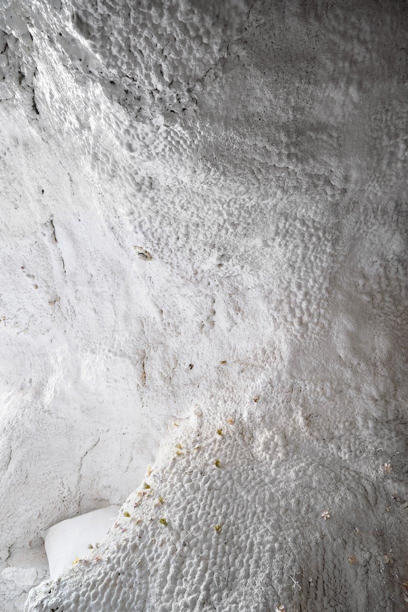TAKK ha realizzato gli interni di una grotta a Madrid   Collater.al