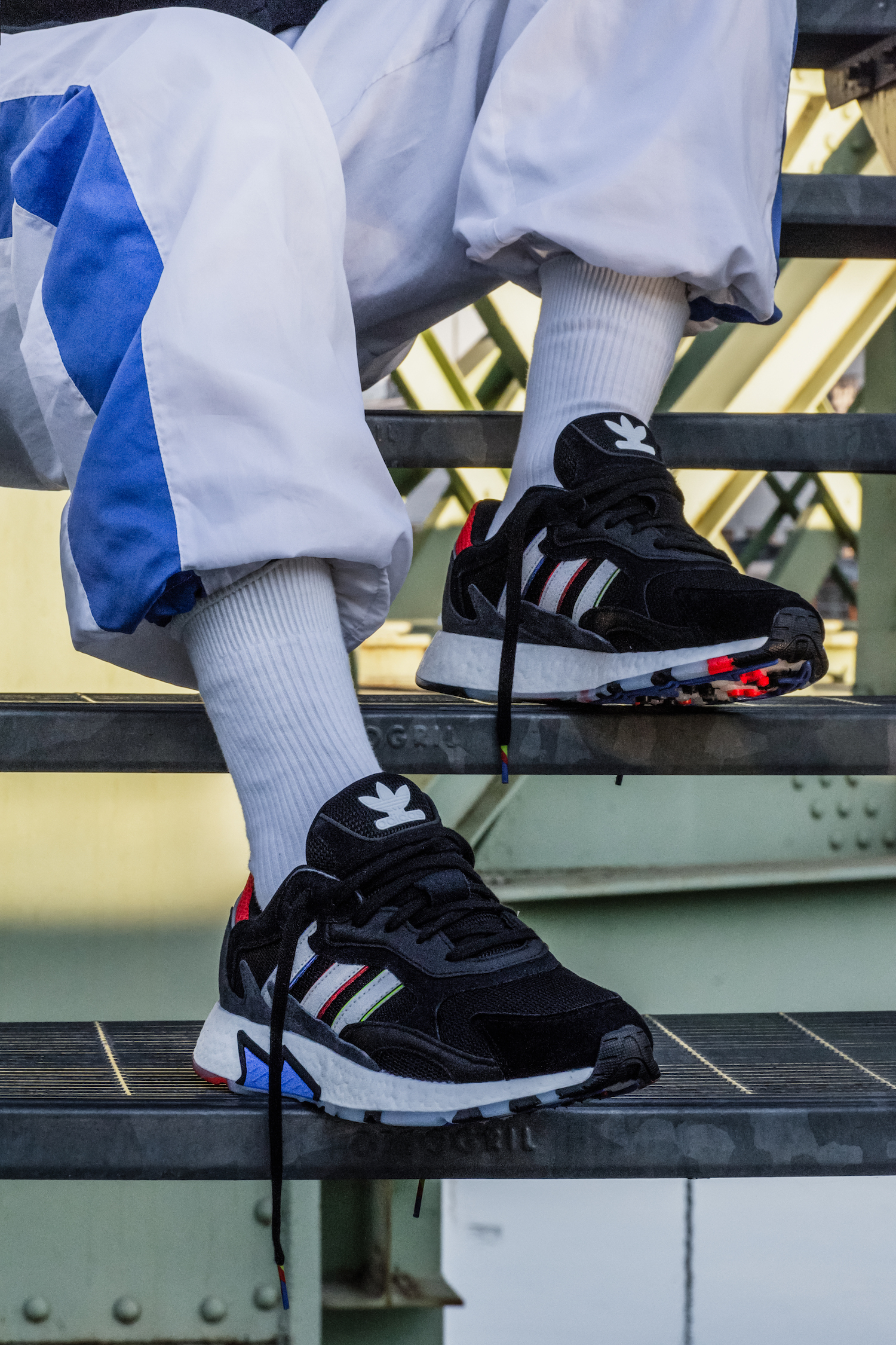 The Life Tresc Adidas Run To Back Brings Originals 90s With SEx76H