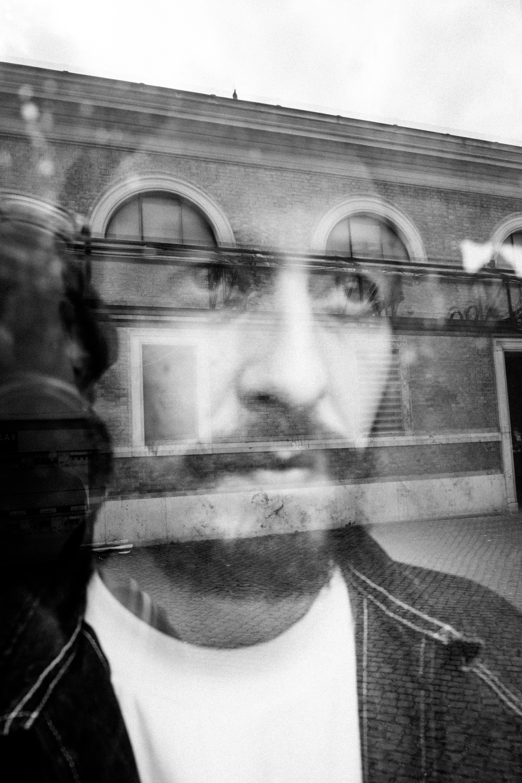 L uomo che rubo Banksy | Collater.al