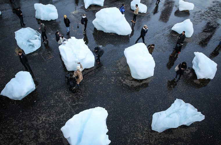 Ice Watch: the effects of global warming in Olafur Eliasson's installation
