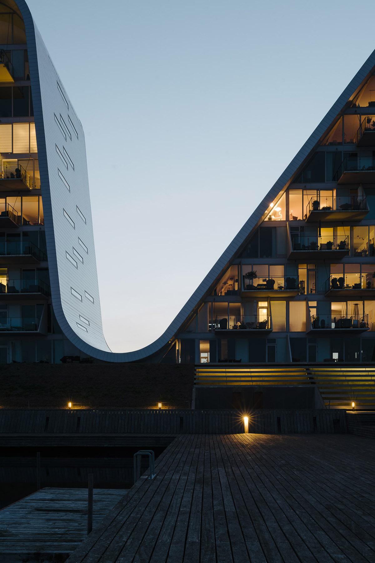The Wave Henning Larsen | Collater.al